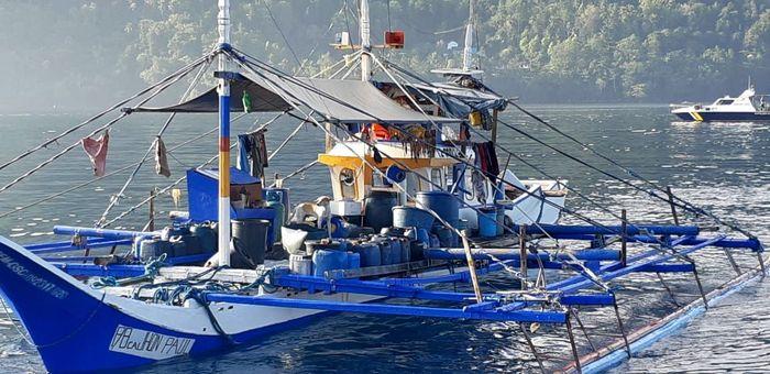 Pelaksana Tugas (Plt) Direktur Jenderal Pengawasan Sumber Daya Kelautan dan Perikanan (PSDKP), Agus Suherman mengatakan 3 kapal perikanan asing (KIA) berbendera Filipina berhasil ditangkap oleh Kapal Pengawas Perikanan (KP) Hiu 015 pada Selasa (22/10/2019) kemarin. Istimewa/Dok. Kementerian Kelautan dan Perikanan.