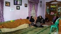 Keluarga Kenang Nabila yang Tewas dalam Kecelakaan Bus Pelajar di Cipali