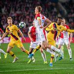 Slavia Praha Bikin Barcelona Menderita