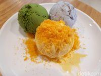Honest Spoon: Dingin Manis 'Cookie Monster' hingga 'Cheetos' di Kafe Hits