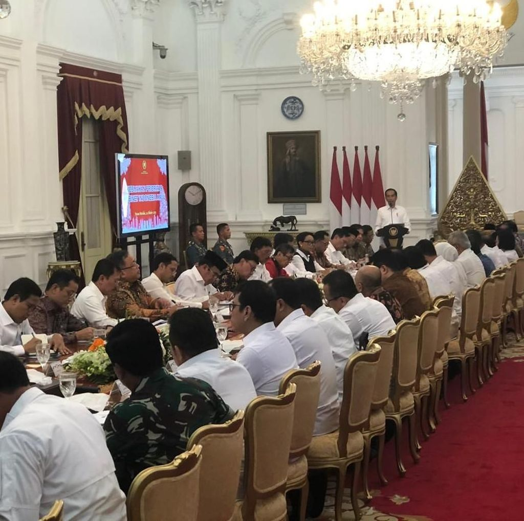 Cerita Jokowi soal Menteri Tak Hadiri Undangan Rapat dengan Menko
