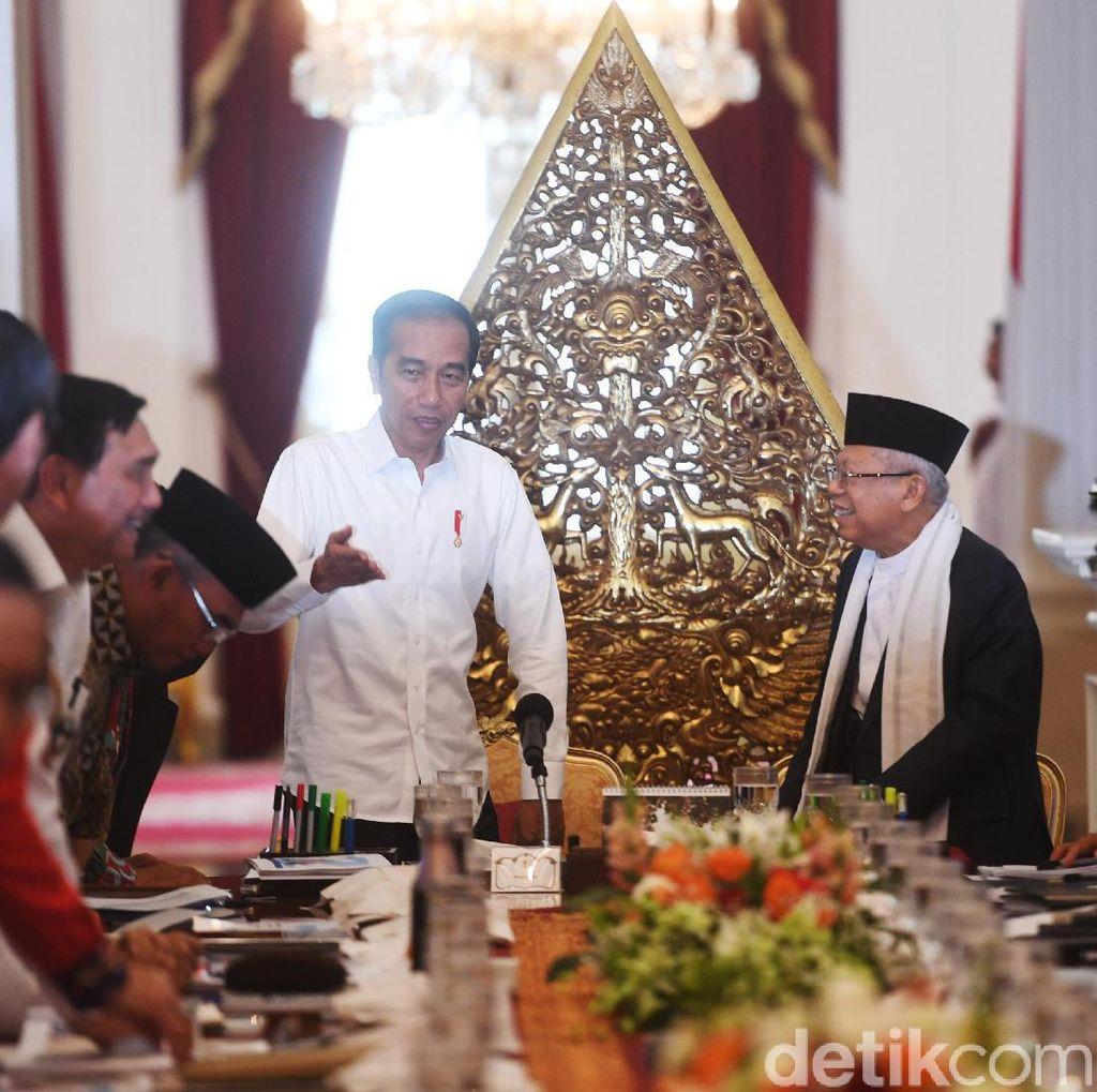Jokowi Beri 1 Bulan untuk Menteri Kumpulkan Aturan Tumpang Tindih