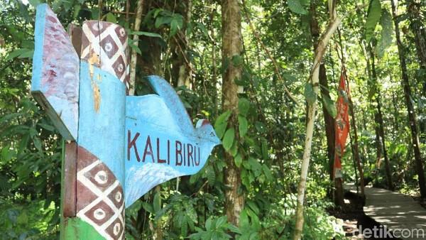 Papan penanda yang ada di area trekking, memastikan kalau pengunjung tak akan tersasar (Randy/detikcom)
