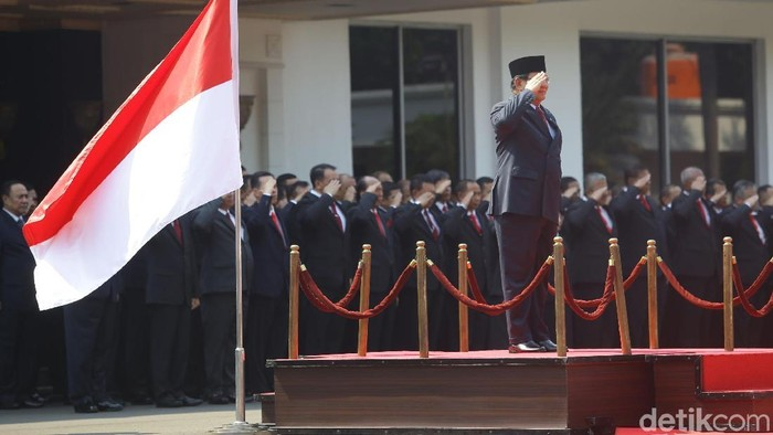 Prabowo ikuti upacara penyambutan di Kemhan (Foto: Grandyos Zafna)