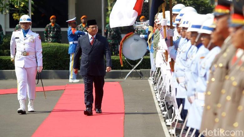 Membaca Maksud Amien Rais Restui Prabowo Menhan
