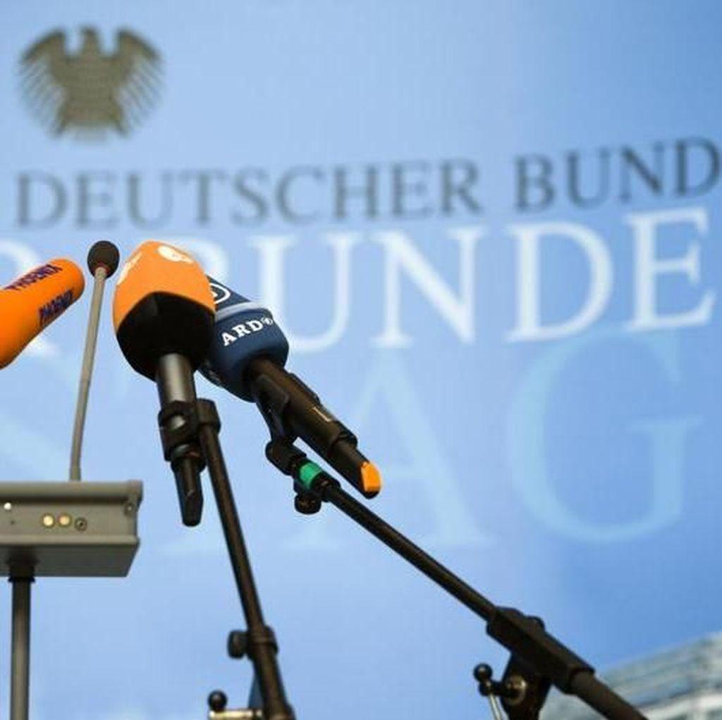 Hindari Kritik, Makin Banyak Politisi Jerman Produksi Beritanya Sendiri