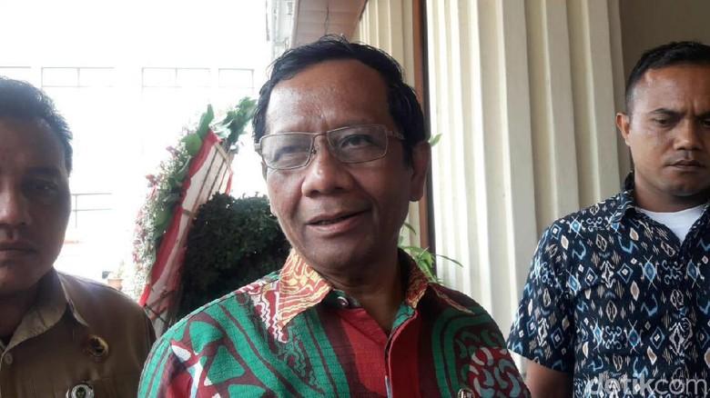 Mahfud: HRS Ngakunya Dicekal 1,5 Tahun, Padahal di RI Maksimal 6 Bulan