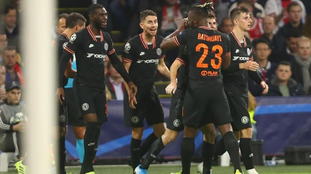 Ajax Vs Chelsea: Batshuayi Antar The Blues Menang 1-0