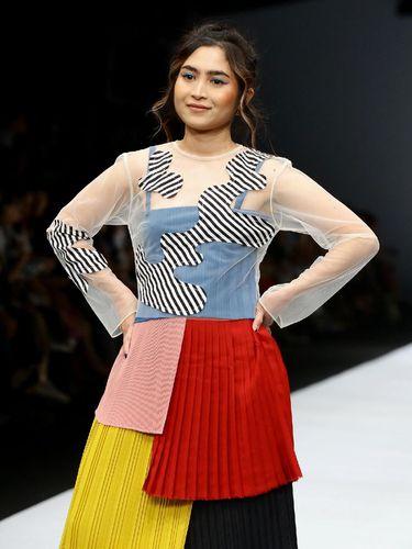 Kurangi Sampah Fashion, 3 Brand Lokal Ubah Baju Bekas Jadi Busana Baru