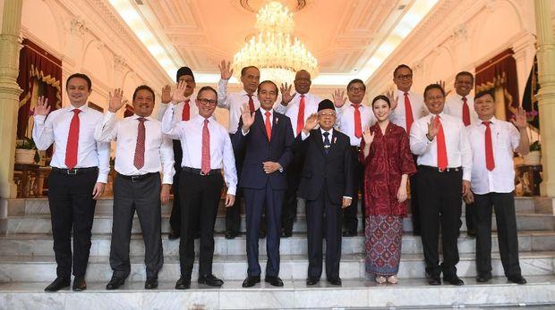 100 Hari Kerja Jokowi di Bayang-bayang Hasrat Parpol