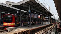 Ada Gangguan LAA di Stasiun Manggarai, Perjalanan KRL Dialihkan