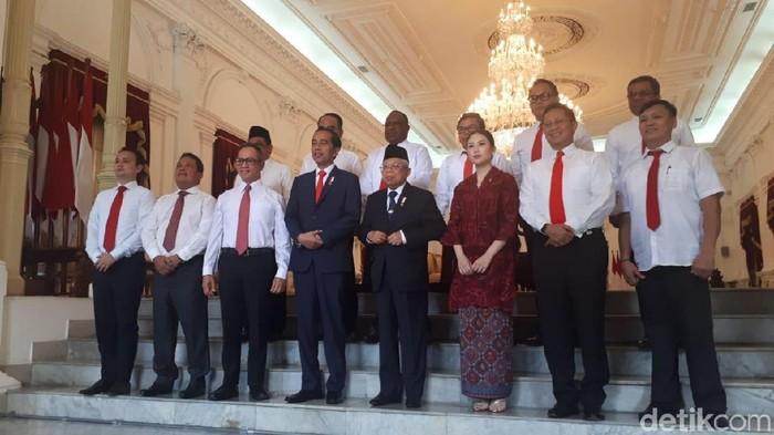 Jokowi mengumumkan wakil menteri. (Andhika Prasetia/detikcom)