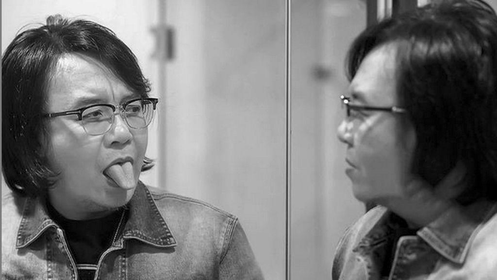 Tanggapi Komentar Mirip Menteri Siti Nurbaya, Ari Lasso Pose Melet