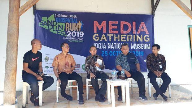 Gumuk Pasir Jogja Jadi Venue Lomba Lari di Akhir Pekan Ini
