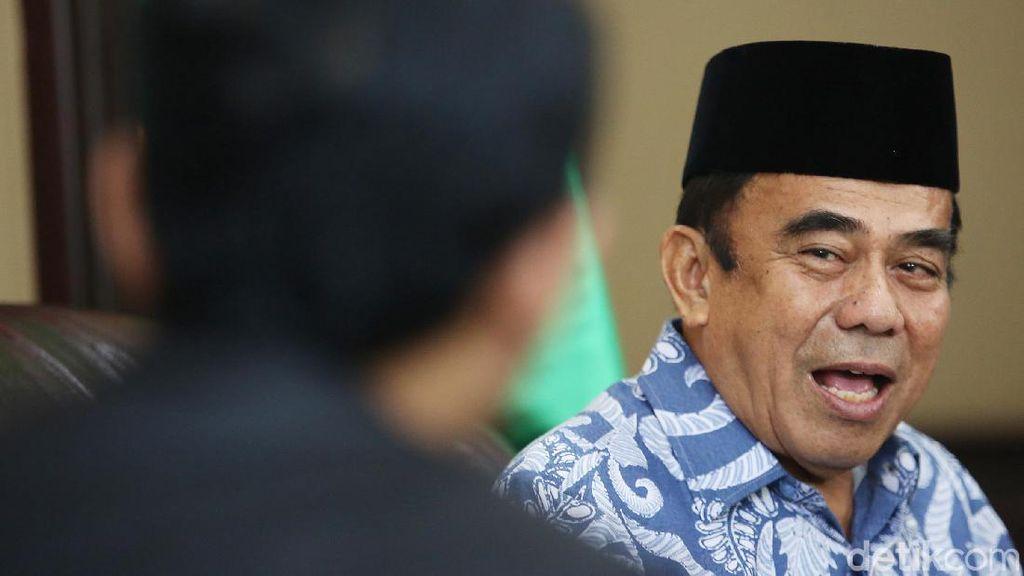 Menag Dorong Doa dalam Ceramah di Masjid Disisipi Bahasa Indonesia