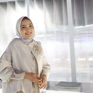 Sukses Bisnis Baju Muslim, Ria Miranda Kini Jualan Sprei