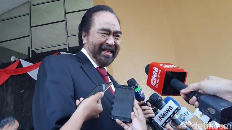 Surya Paloh: Nggak Mungkin Kita Reaktif dengan Pak Jokowi