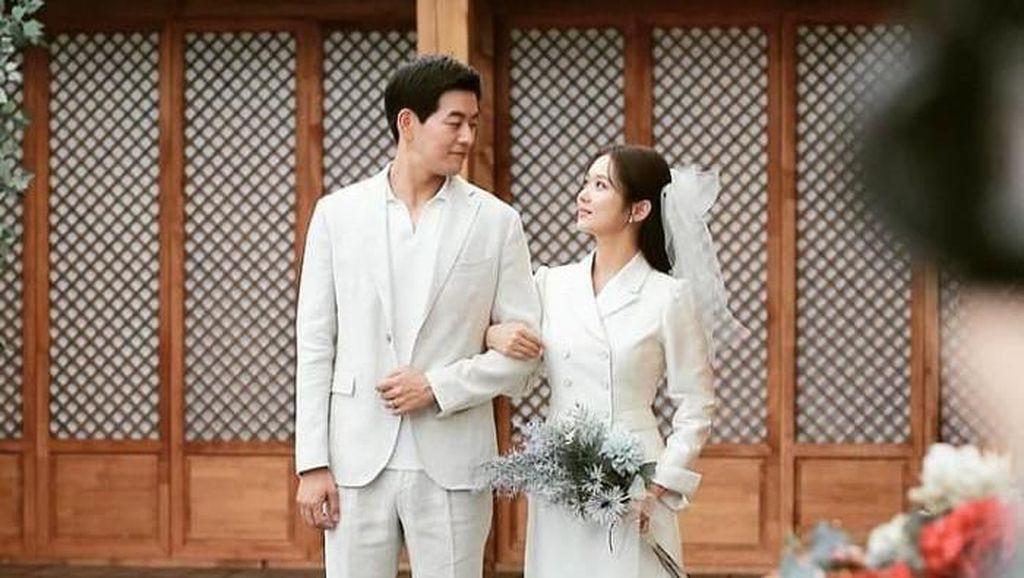 Inspirasi Gaun Pengantin Simpel dan Elegan dari Drama Korea Favorit