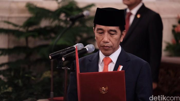 Jokowi lantik wamen (Andhika Prasetia/detikcom)