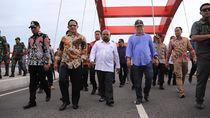 Tinjau Jembatan Holtekamp, Mendagri Tito: Semoga Dukung Ekonomi Warga