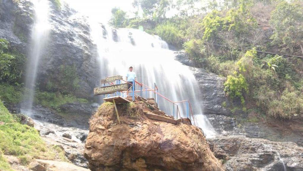 Foto: Cianjur Punya Air Terjun Secantik Ini