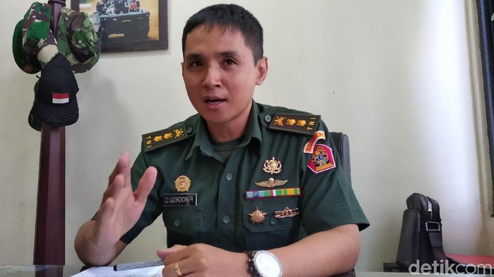 Kapen Kodiklat TNI AD Letkol Kav Christian Gordon Rambu. (Foto: Dony Indra Ramadhan/detikcom)