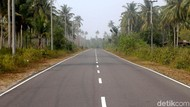 Menjajal Mulusnya Jalan di Perbatasan Indonesia