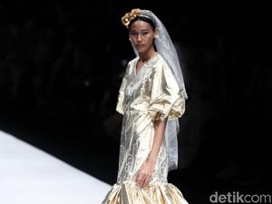 Eksplorasi Emas Dua Desainer Muda di Jakarta Fashion Week 2020