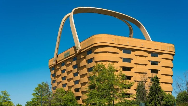 Calon hotel unik berbentuk Keranjang Belanja. (Foto: iStock)