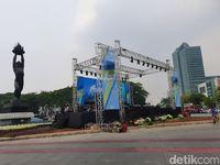 Jl Sudirman Tutup Jelang Jakarta Langit Biru, Lalin Patung Pemuda Padat