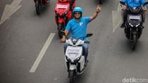 Jajal Motor Listrik, Anies: Nyaman dan Tak Ada Polusi Udara