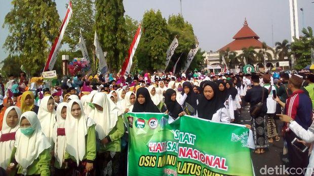 Ada Batik Carnival di Pawai Hari Santri Kelilingi Alun-alun Kudus