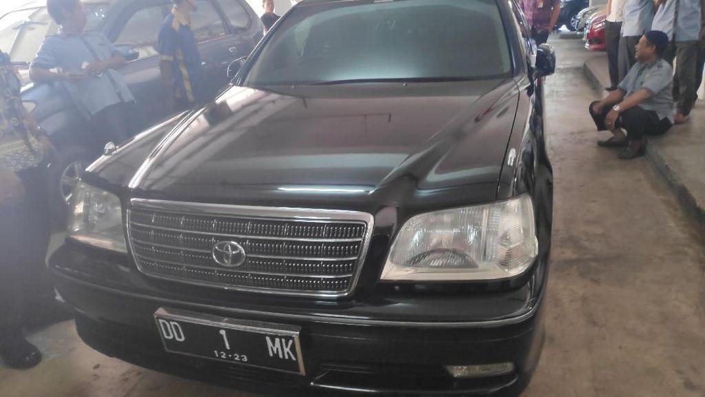 Pakai Toyota Crown Setelah Tak Jadi Wapres, JK Sebenarnya Punya Prius dan Lexus