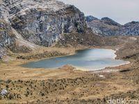 Danau di Pegunungan Tengah