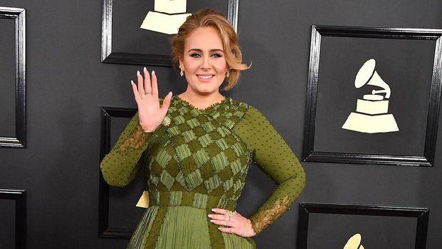 Penyanyi Adele.