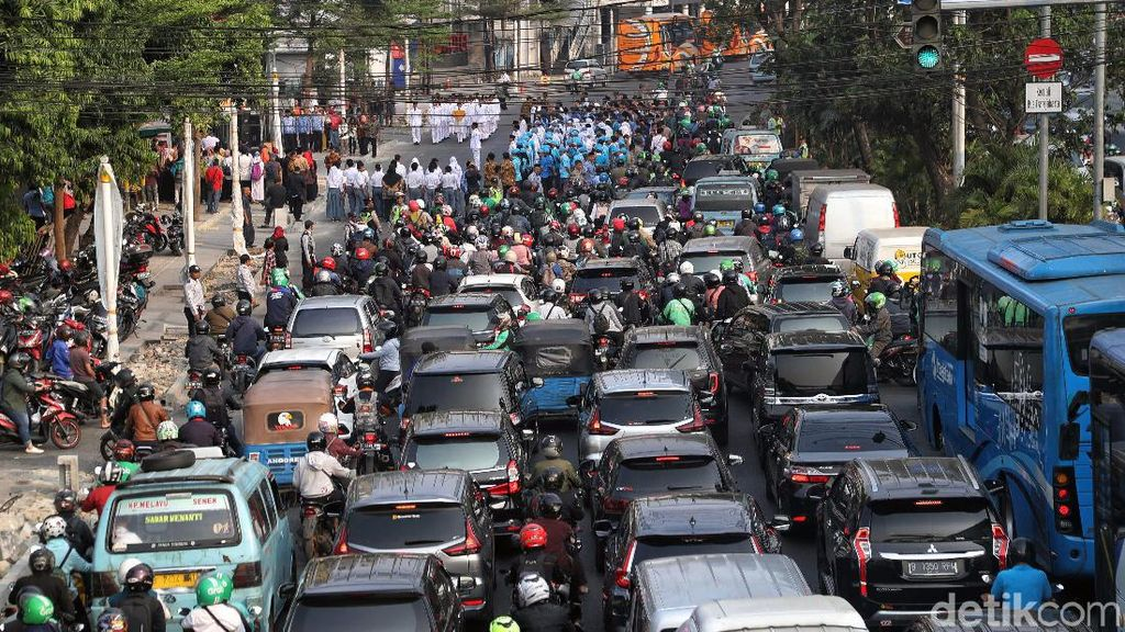 BBN Kendaraan Naik untuk Pembangunan dan Pemeliharaan Jalan