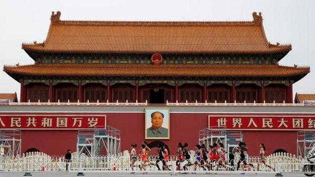 Utang China di Mana-mana, Ngeri Nggak Sih?