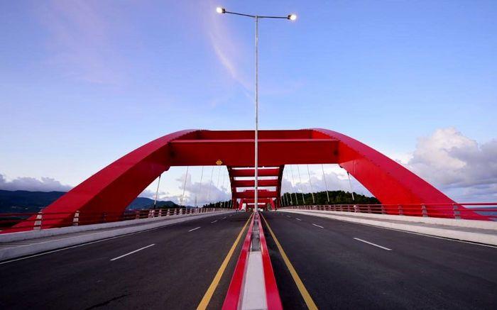 Pembangunan Jembatan Youtefa merupakan kolaborasi antara Pemerintah Pusat melalui Kementerian PUPR dengan Pemerintah Provinsi Papua dan Pemerintah Kota Jayapura. Istimewa/Dok. Kementerian PUPR.