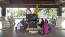 Aura Nasionalisme yang Kental di Makam Bung Karno
