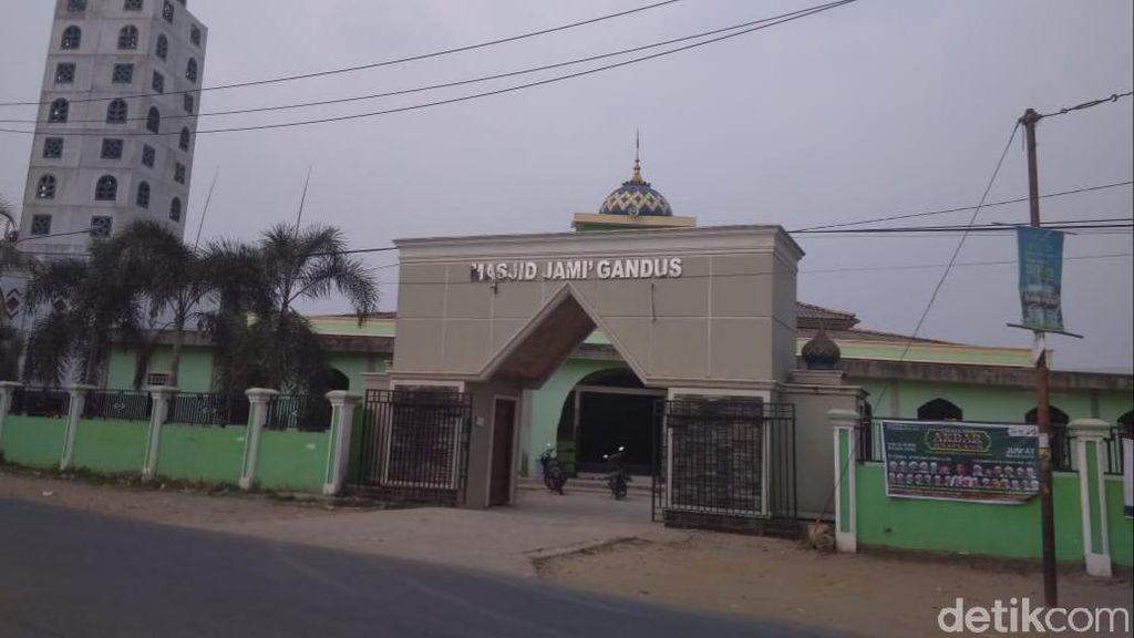 Pengurus Desak Polisi Ungkap Pelempar Kotoran di Masjid Palembang