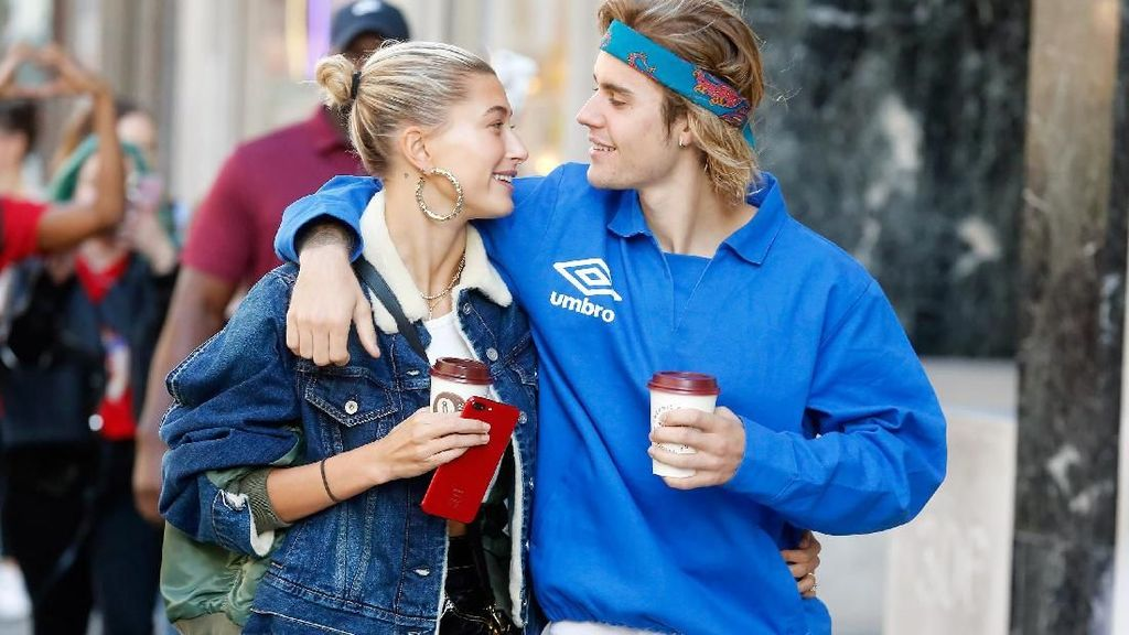 Jadi Istri Idaman, Hailey Baldwin Bikin Camilan Sehat untuk Justin Bieber