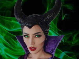 Jessica Iskandar Pakai Kostum Maleficent, Disebut Mirip Angelina Jolie