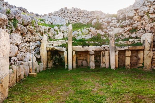 Ggantija dibangun sekitar tahun 3600-3200 sebelum Masehi. Kira-kira, umurnya sudah 5.500 tahun yang mana lebih tua ratusan tahun dari piramida di Mesir yang umurnya 5000 tahun. (iStock)