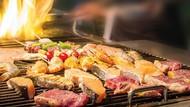Rasakan Sensasi Makan Barbeque Sepuasnya di Holiday Inn Kemayoran