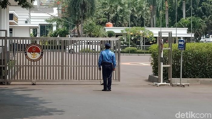 Mobil Prabowo di Kemenhan hari ini. (Eva/detikcom)