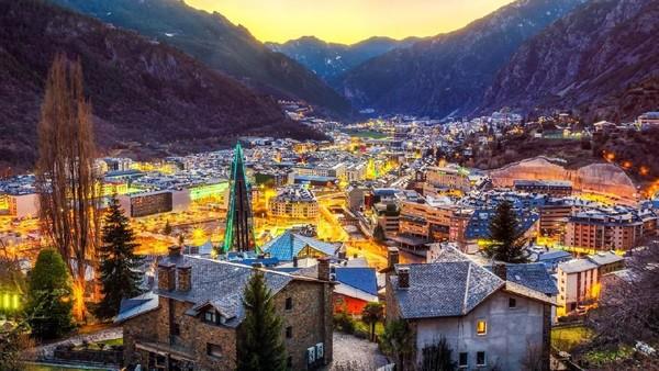 Berlokasi di antara Spanyol dan Prancis, Andorra diberkahi dengan pegunungan dan alam indah. Ibukotanya sendiri disebut sebagai yang tertinggi di Eropa (iStock)