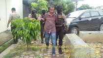 Senyum Mafia Narkoba Ramli yang Kantongi Hukuman Penjara Seumur Hidup dan Mati