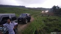 Jalur yang disiapkan tersebut melintasi Wanawisata Baturraden-Bukit Pandang-BPPTU Baturraden dan berakhir di Hutan Pinus Limpakuwus, Kecamatan Sumbang (Arbi/detikcom)
