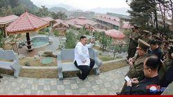 Ketika Kim Jong Un Datangi Kota Spa Korea Utara