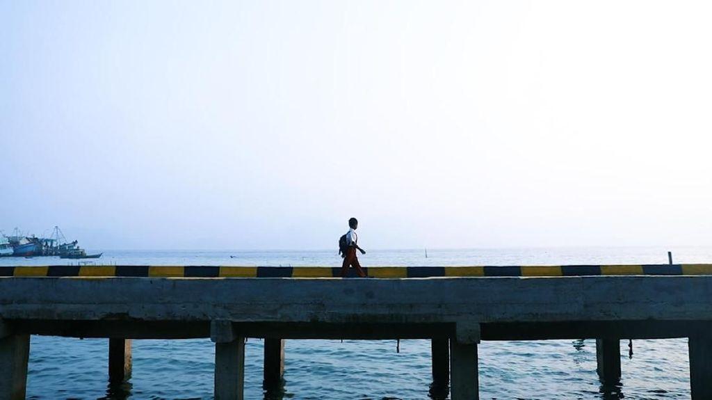 Asa dalam Keterbatasan Siswa di Pulau Utara Indonesia